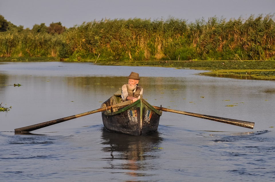 Fisherman out on a boat (Credit: pixabay/Mhy)